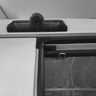 Montáž cúvacích a parkovacích kamier